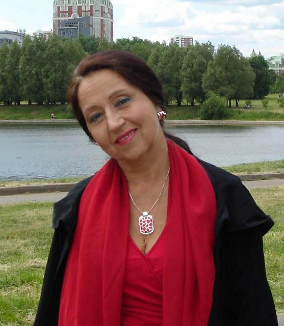 Людмила Максимчук поэтесса, писательница, художница