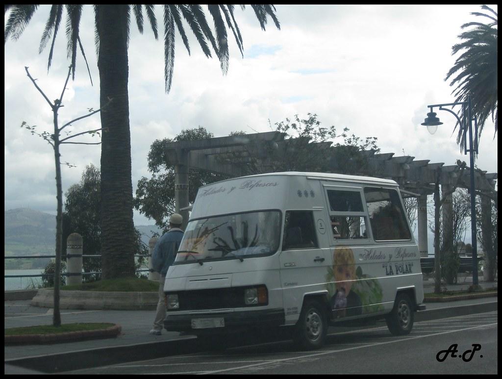 3a764d1369 ... Mercedes-Benz MB130 Ice-Cream Van