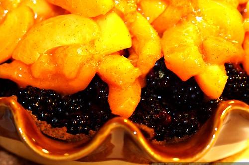 under construction: blackberry apricot pie    MG 9290