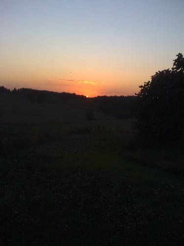cameraphone sunset byiphone