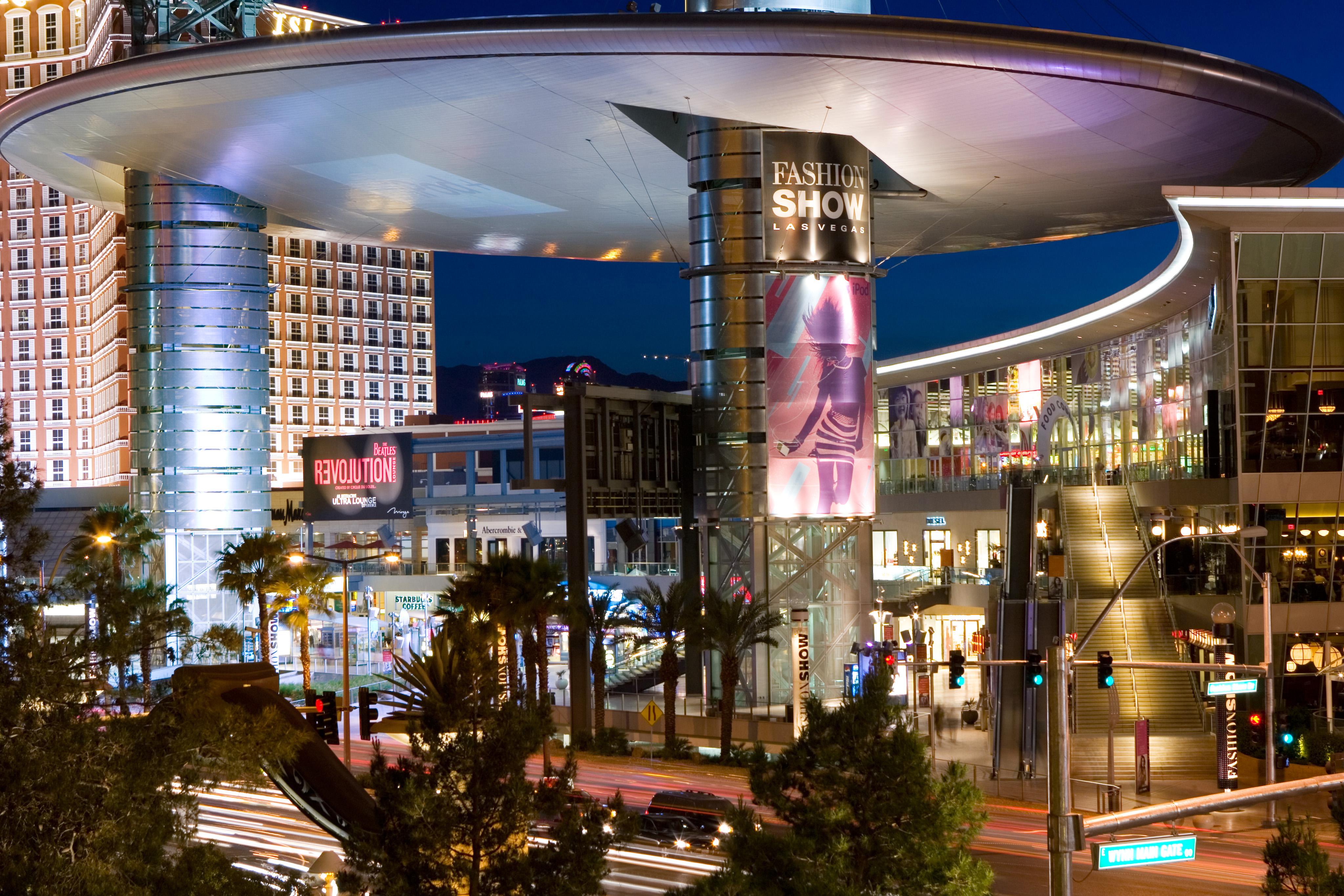 Fashion Mall Las Vegas Picture Shop