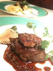 gravy, steak, pork chop, meat, sirloin steak, salisbury steak, food, dish, cuisine,