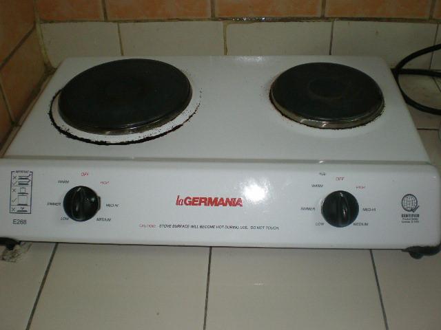 LA GERMANIA 4 burner stove with oven - Lapu-Lapu City (Opon