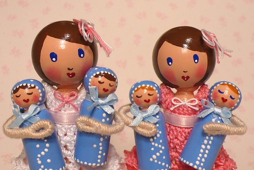 Clothespin Dolls - Mum and Babies