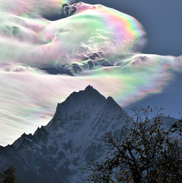 An Iridescent (Rainbow) Cloud in Himalaya