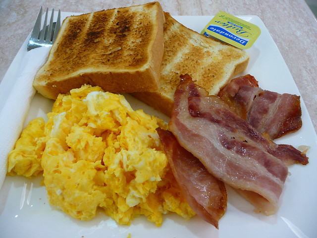 Bacon, scrambled eggs and thick toast | Flickr - Photo ...