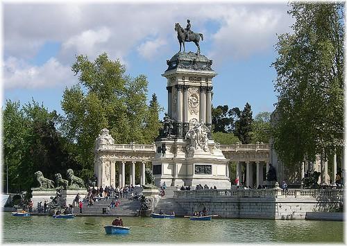 Los mejores lugares de turismo en madrid for Sitios divertidos en madrid