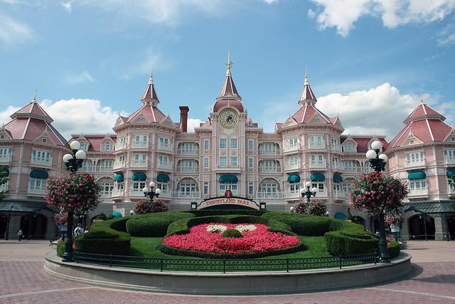 Disneyland Paris Hotel Avec Piscine