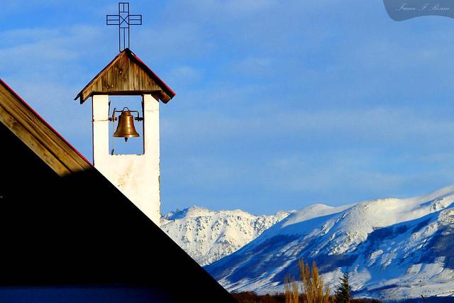 La iglesia en la montaña