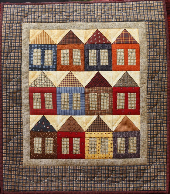 More Little Houses Mini Patchwork Quilt