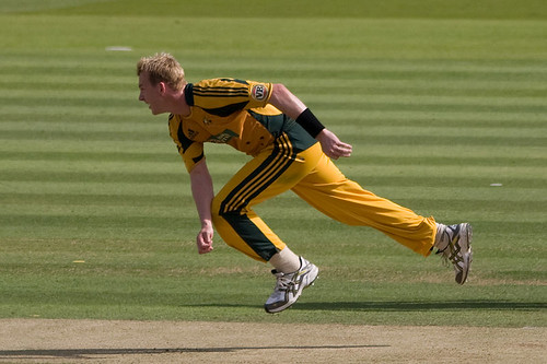 Brett Lee - follow through
