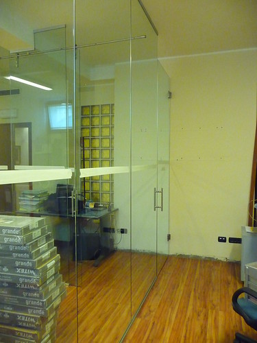 Forum cucina salotto parete in vetro - Parete vetro cucina ...