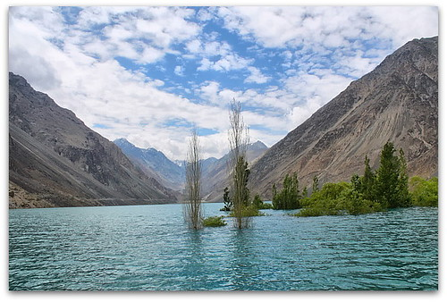 sadpara lake, PAKISTAN