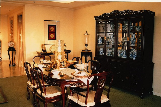 Asian Korean Chinese Dining Room Interior Decorator Table
