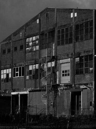shadow blackandwhite bw chaos shadows decay warehouse disorder oldwarehouse holstebro