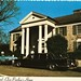 Graceland Elvis Presley's Home ~postcard