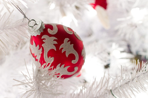 Day 337 - white christmas (tree)