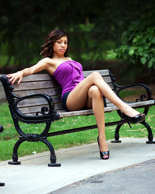 Beautiful Crossed Legs,Beautiul Women