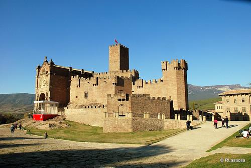 Castillo de Javier by Rufino Lasaosa
