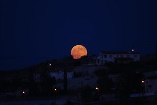 August Full Moon Rising