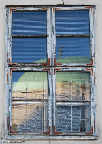 window hungary pécs ablak nikond60 képeslap széchenyitér dettyplease ódon gázikászimdzsámi