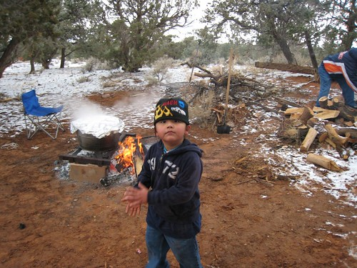 REZ, Navajo, Children fire cooking, outdoor… IMG_1072