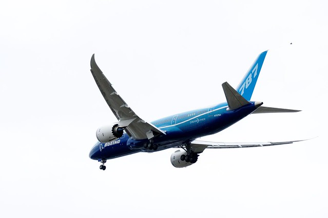 B787 First FLight