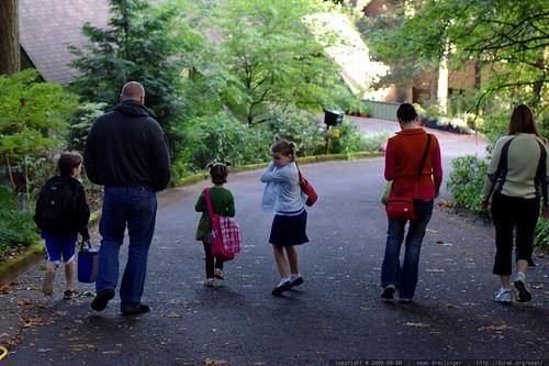 nick, skai, rebecca, shea, rachel & kelly walking to the first day of school    MG 5107