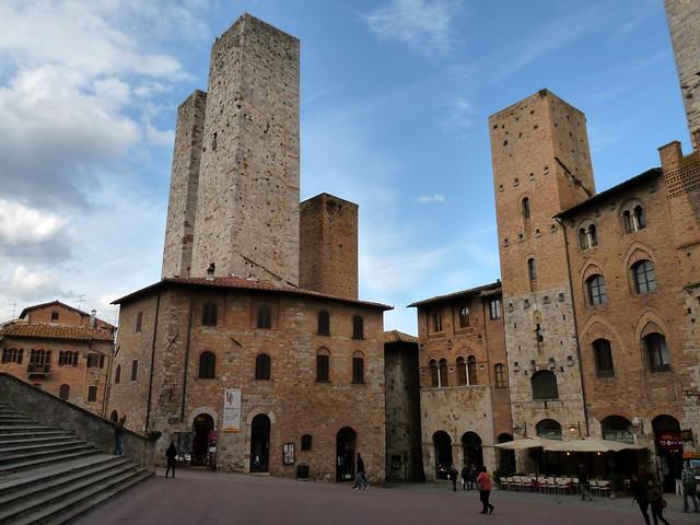 Las torres medievales de San Gimignano. La Toscana. Italia