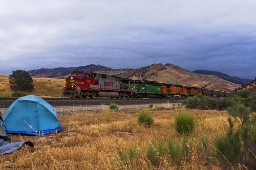 california camping canon outdoors socal canondslr tehachapi bnsf locomotives railroads caliente alltrains kenszok