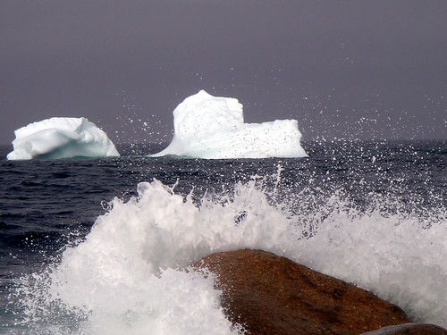 Icebergs and waves by Orion 2