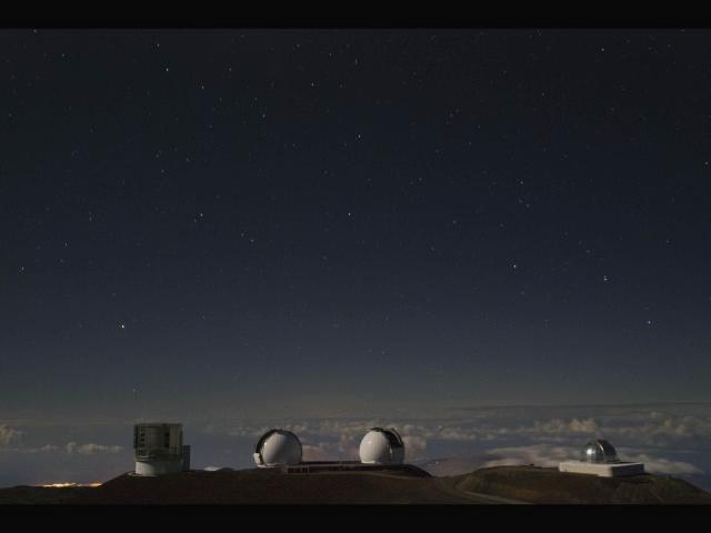 Mauna Kea Observatories at Night [120xp video]