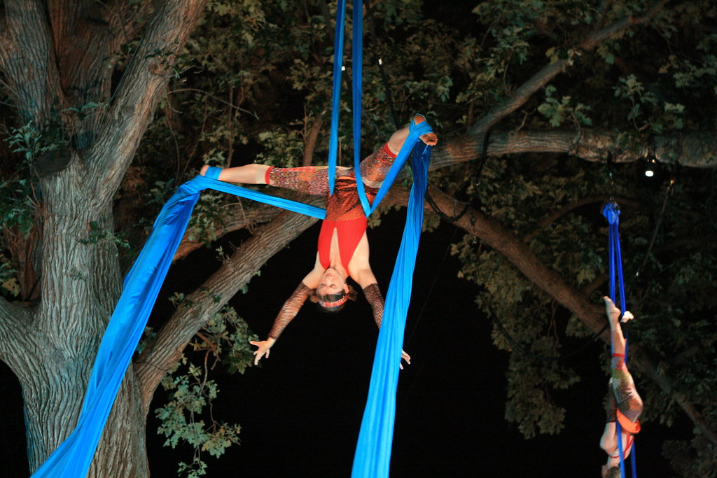 Cycropias Performance At Orton Park >> Cycropia Aerial Dance Orton Park Festival 2009 Img 2831 Flickr