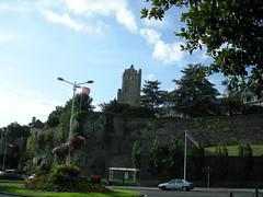 Vue d'ensemble sur les fortifications et l'église Notre Dame
