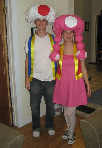 Summer at Grandma's House: Toad and Toadette Halloween