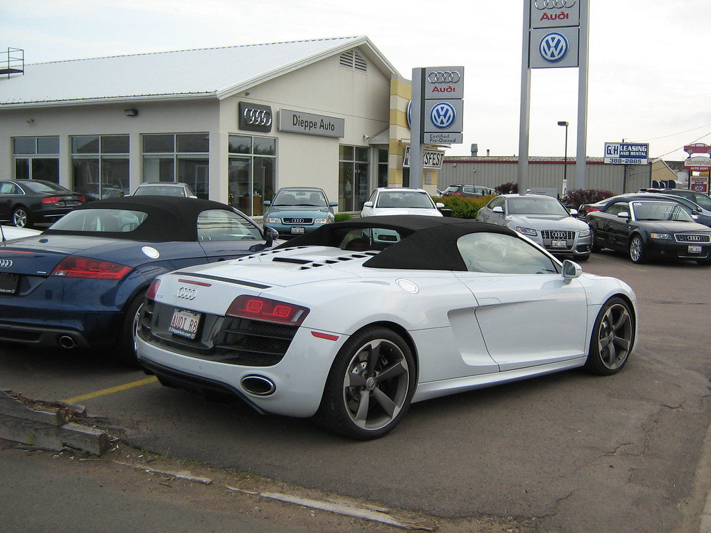 how much is an audi r8 an audi r8 audi a2 diesel. Black Bedroom Furniture Sets. Home Design Ideas