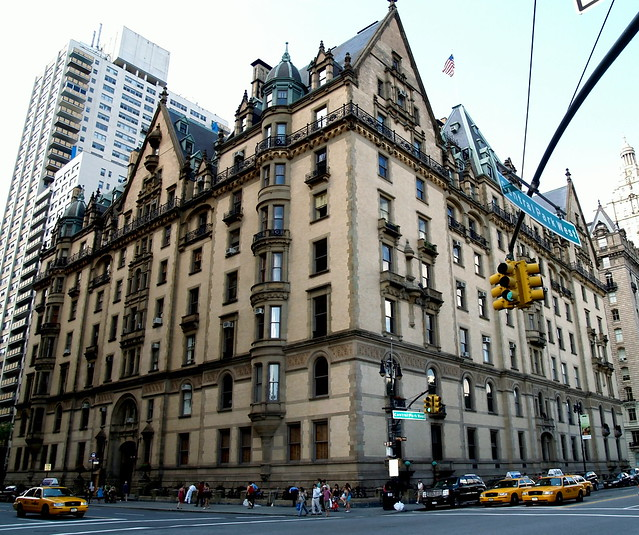 Central Park Apartments New York: The Dakota Apartment Building