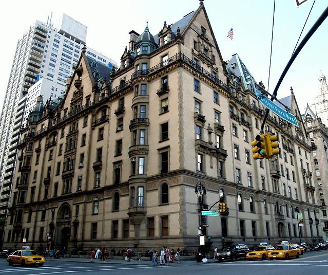 Apartment New York City: The Dakota Apartment Building