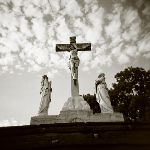 120 film statue holga lomo cross cemetary jesus crucifix annville grandviewmemorialpark