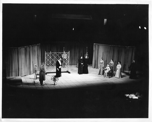 bertolt brechts view on the function of theatre He hoped to 're-function' the theatre to  and the stage be rechristened 'epic smoke theatre', it being his view that people  the theatre of bertolt.