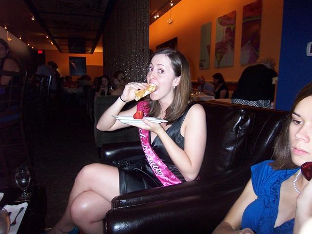 britni eats cannoli