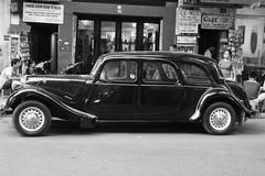 automobile, vehicle, automotive design, citroã«n traction avant, antique car, sedan, classic car, vintage car, land vehicle, luxury vehicle, motor vehicle,