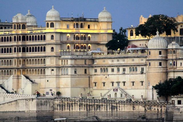 city palace udaipur rajsthan