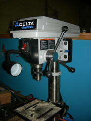 tool and cutter grinder(0.0), machine(1.0), tool(1.0), milling(1.0), machine tool(1.0),