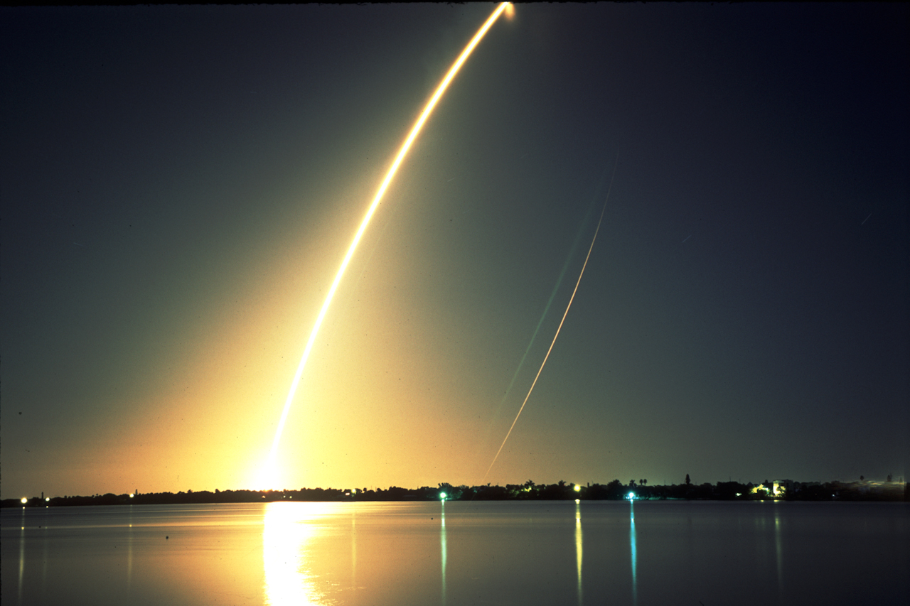 space shuttle endeavour night launch - photo #31