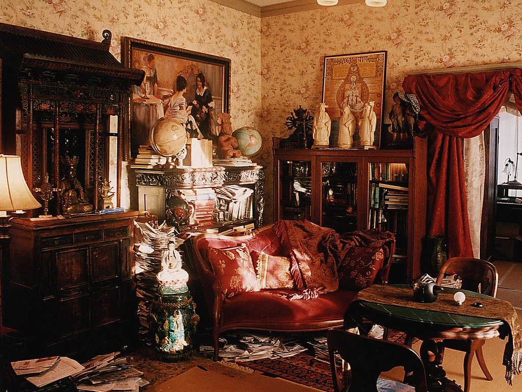 Eclectic victorian psychic living room set decorator rick for Victorian sitting room design ideas