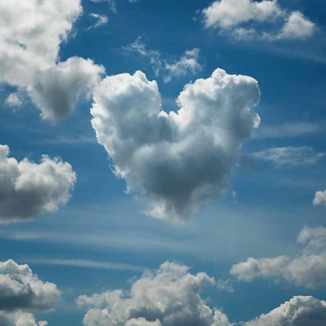 Heart-shaped cloud over Shoebury