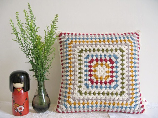 Betty crochet cushion cover | Emma Lamb