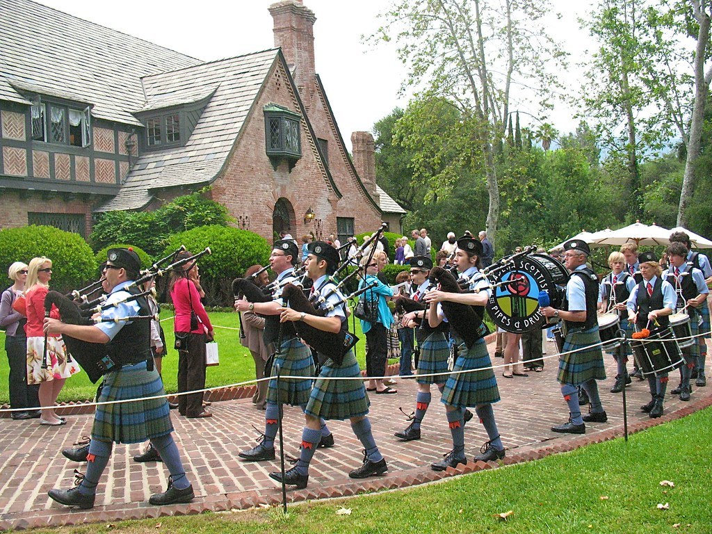 bagpipes on mother's day
