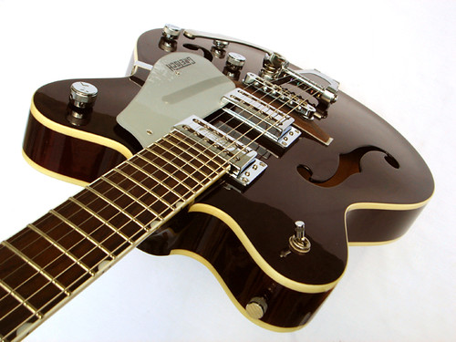 the guitar junkie gretsch electromatic g5122dc. Black Bedroom Furniture Sets. Home Design Ideas